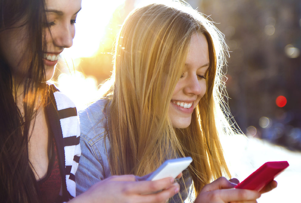 Study: Female College Students Spend Up To 10 Hours Per Day Using Their Phones