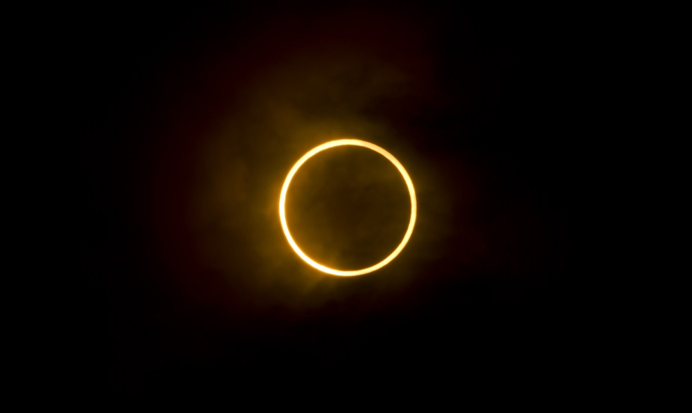 Get ready: an amazing total solar eclipse is coming in 2017