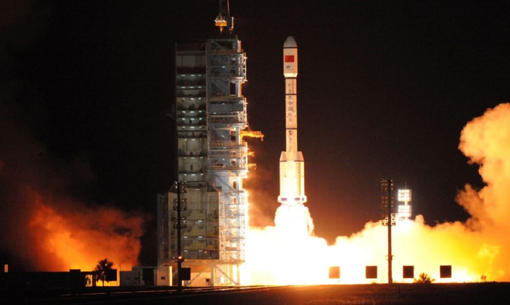 China eyes 2018 for moon landing, 2020 for Mars mission