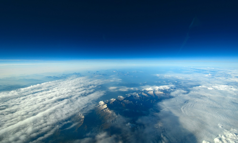 'Alien' life could exist high in Earth's atmosphere