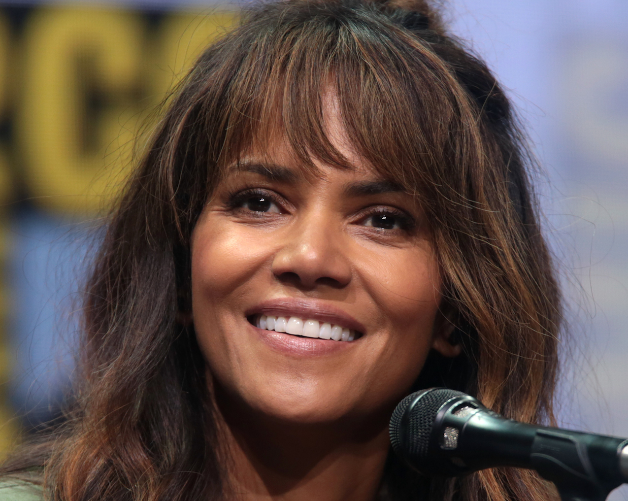 "Lifestyle Changes of Halle Berry: Type 2 Diabetes Becomes an Unexpected ""Gift"""