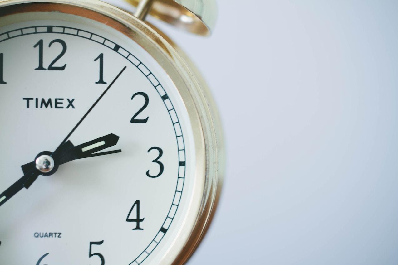 Does Setting the Clock Back Make Fibromyalgia Worse?